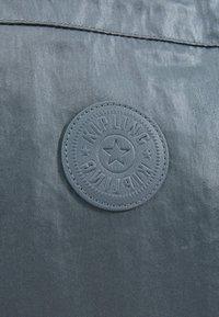 Kipling - NEW SHOPPER - Shopping bag - steel geyr metal - 7