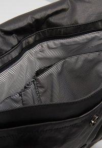 Kipling - PERLANI - Laptoptas - black metallic - 5