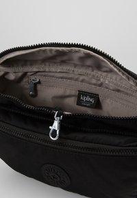 Kipling - YASEMINA XL - Bum bag - rich black o - 5
