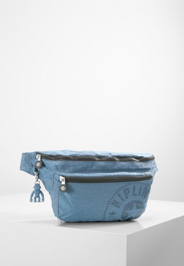 YASEMINA XL - Saszetka nerka - blue
