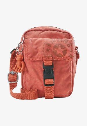 TEDDY - Across body bag - hearty orange
