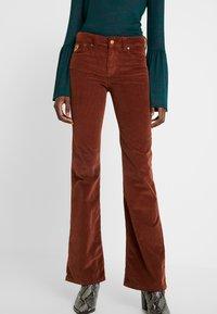 LOIS Jeans - RAWAL - Broek - brandy - 0