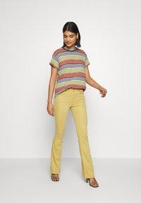 LOIS Jeans - RAVAL - Pantalones - craham cracker - 1