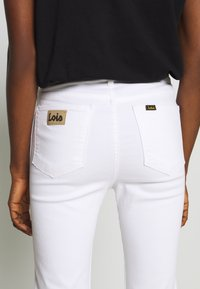 LOIS Jeans - REBECA EDGE - Straight leg jeans - white - 3