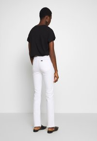 LOIS Jeans - REBECA EDGE - Straight leg jeans - white - 2