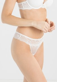 LingaDore - DAILY - String - ivory - 0