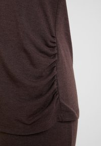 LingaDore - INDY SET - Pyjama - java brown - 6