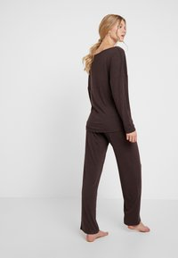 LingaDore - INDY SET - Pyjama - java brown - 2