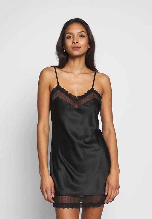 LABRYA CHEMISE - Noční košile - black