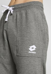 Lotto - SMART PANTS - Joggebukse - gryphon gray/brilliant white - 5