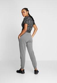 Lotto - PANTS RIB - Pantalones deportivos - castle gray - 2