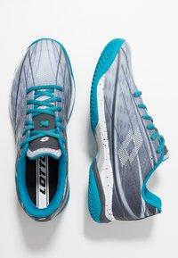 Lotto - MIRAGE 300 CLY - Chaussures de tennis pour terre-battueerre battue - silver metal/all white/mosaic blue - 1