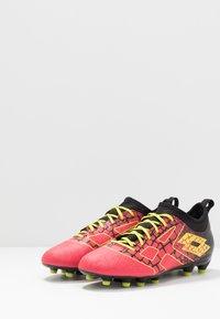 Lotto - MAESTRO 700 II FG - Chaussures de foot à crampons - calypso pink/acacia green/all black - 2