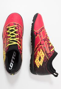Lotto - MAESTRO 700 II TF - Chaussures de foot multicrampons - calypso pink/acacia green/all black - 1