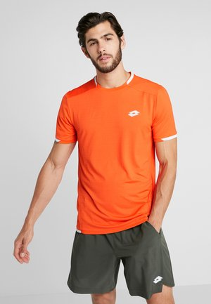 TENNIS TECH TEE - T-shirt imprimé - red orange