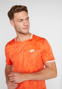 Lotto - TOP TEN TEE - T-shirt imprimé - red orange - 4