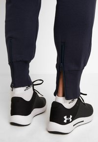 Lotto - DELTA PANT  - Pantalon de survêtement - navy blue - 3