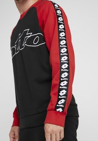 Lotto - ATHLETICA - Sweatshirt - all black/flame red - 3
