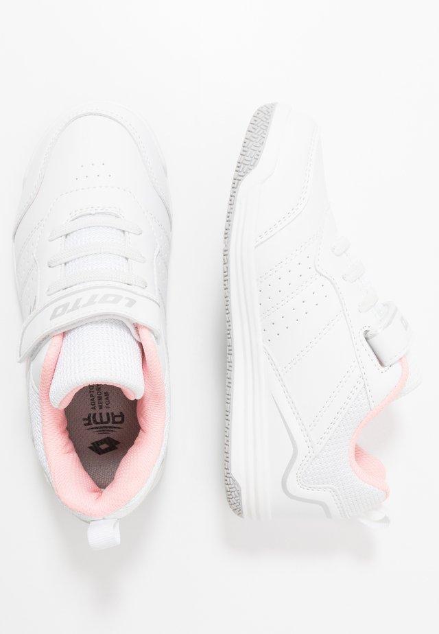 SET ACE AMF XIV - All court tennisskor - all white/rose