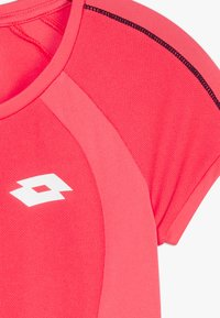 Lotto - SQUADRA TEE  - T-shirt con stampa - red fluo - 3