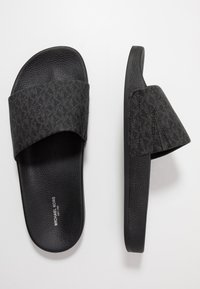 Michael Kors - JAKE SLIDE - Mules - black - 1