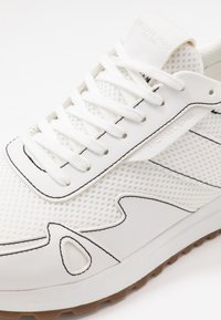 Michael Kors - MILES - Zapatillas - optic white - 5