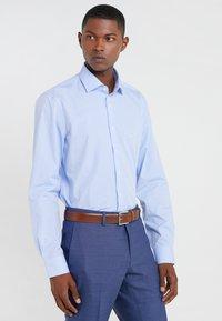 Michael Kors - PARMA  - Camisa - light blue - 0