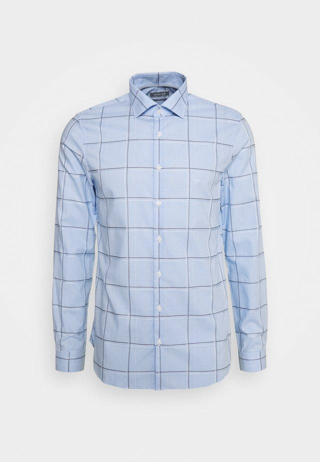 CHECK EASY CARE SLIM  - Chemise classique - light blue