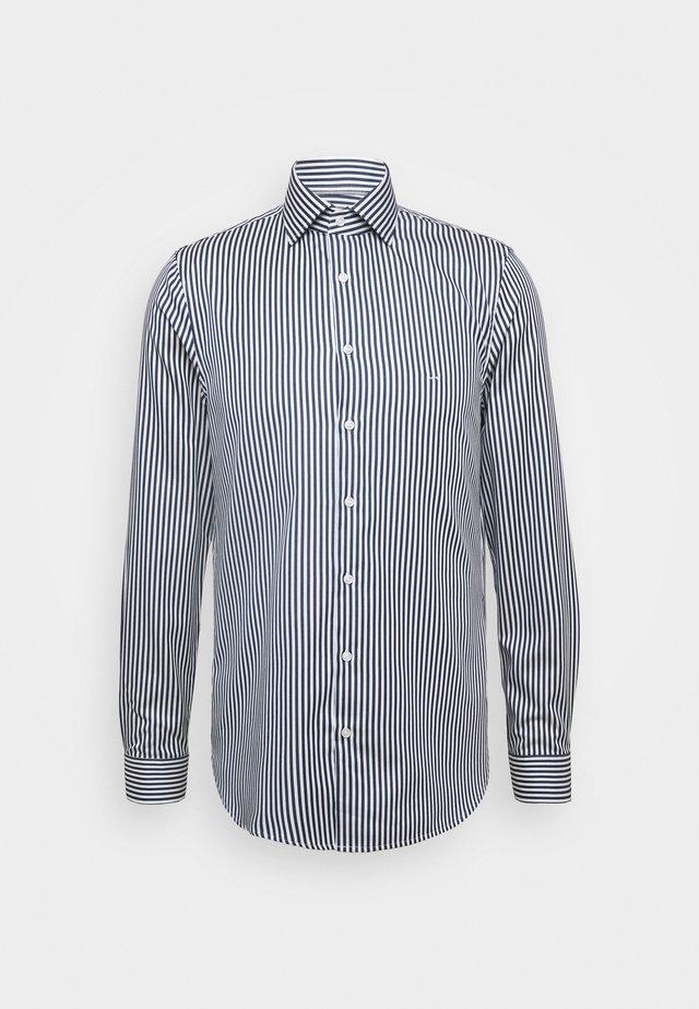 BOLD STRIPE EASY CARE SLIM - Businesshemd - royal blue