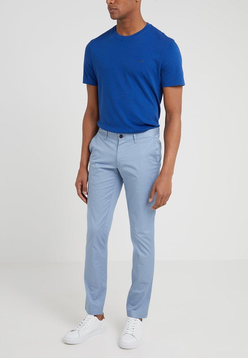 Michael Kors - GARMENT DYED - Pantalones chinos - chambray