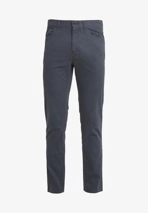 POCKET PANT - Trousers - smoke