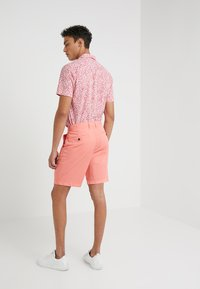 Michael Kors - STRETCH  - Shorts - sea coral - 2