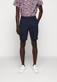 Michael Kors - WASHED - Shorts - midnight - 0