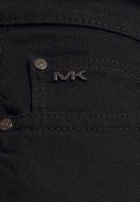 Michael Kors - Slim fit -farkut - black - 5