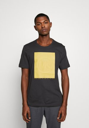 RUBBER TEE - T-shirt imprimé - washed black