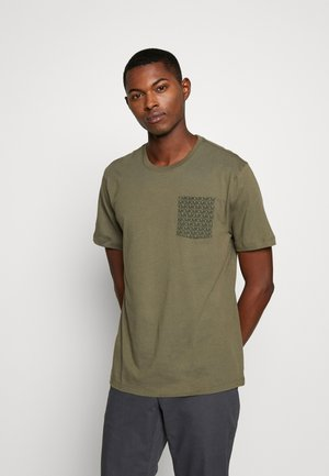 POCKET TEE - T-shirt imprimé - sage