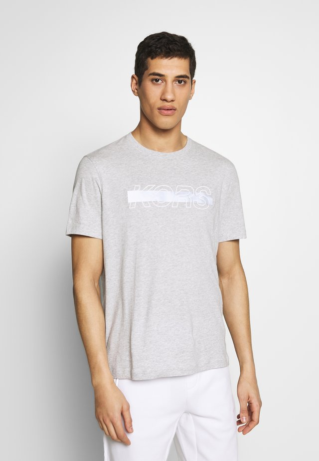 REFLECTIVE SLASH TEE - Triko s potiskem - heather grey