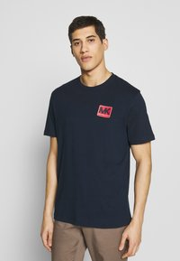 Michael Kors - PATCH LOGO TEE - Camiseta estampada - dark midnight - 0