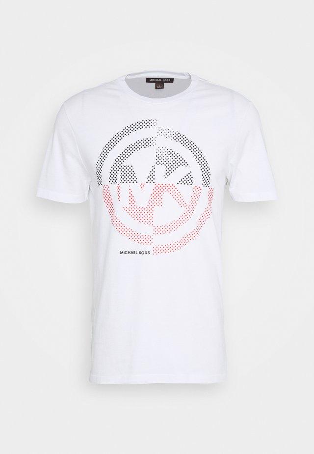 TARGET TEE - Camiseta estampada - white
