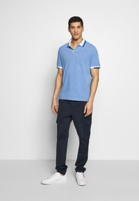 Michael Kors - GREENWICH - Polo shirt - pop blue - 1
