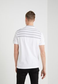 Michael Kors - YOKE STRIPE - Polo - white - 2