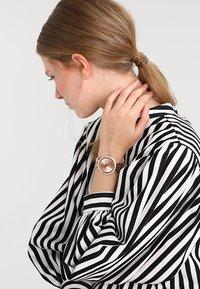 Michael Kors - DARCI - Horloge - rosegold-coloured - 0