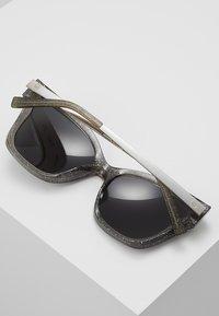 Michael Kors - BARBADOS - Gafas de sol - black - 4