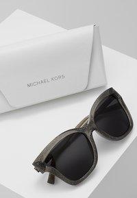 Michael Kors - BARBADOS - Gafas de sol - black - 2