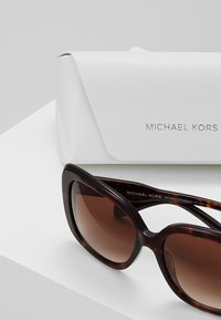 Michael Kors - KLOSTERS - Occhiali da sole - dark tot - 2