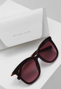 Michael Kors - Sunglasses - mauve - 2