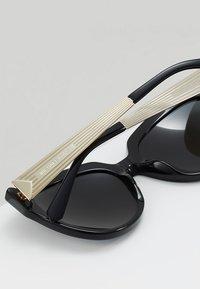 Michael Kors - PALOMA I - Sluneční brýle - black - 4