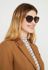 Michael Kors - Sunglasses - tort - 1