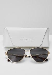 Michael Kors - Sluneční brýle - light gold-coloured - 2