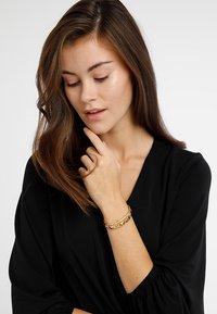 Michael Kors - PREMIUM - Bracelet - gold-coloured - 1